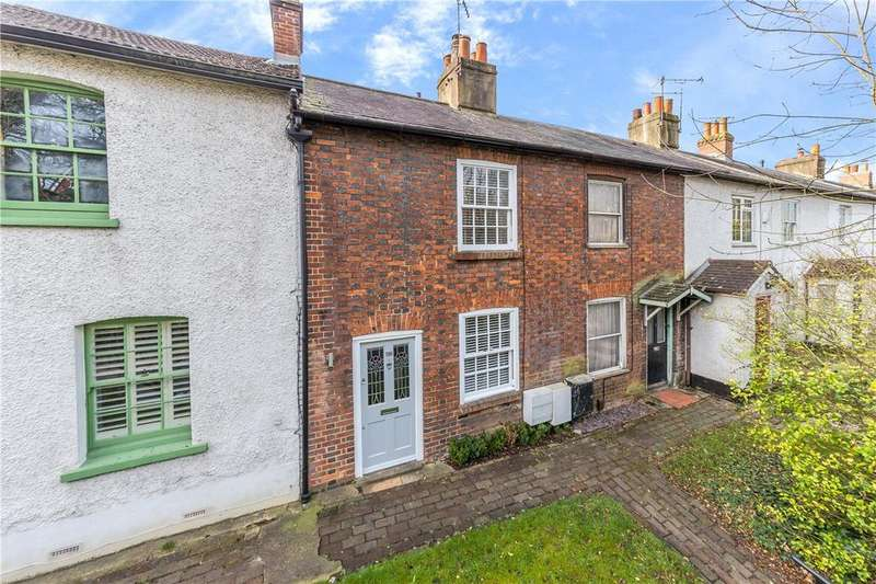 2 Bedrooms Terraced House for sale in London Road, St. Albans, Hertfordshire