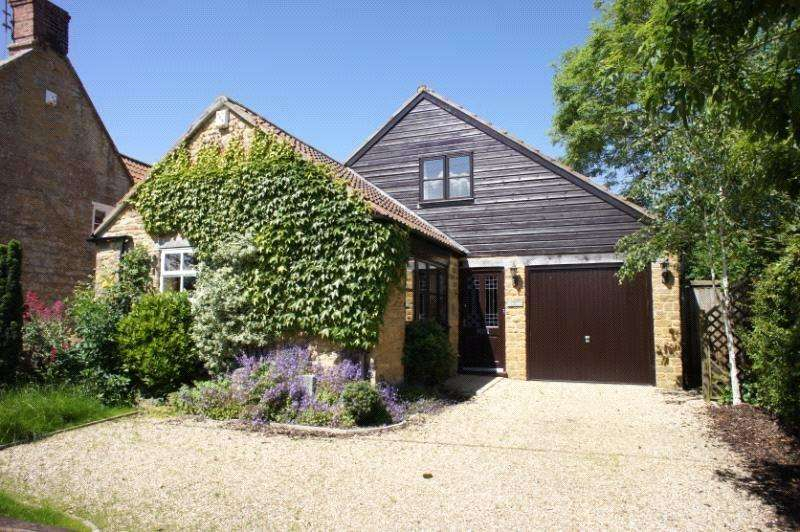 3 Bedrooms Detached House for rent in Back Street, Ash, Martock, Somerset, TA12