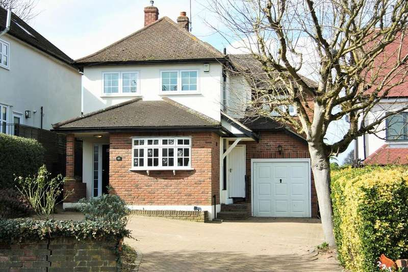 5 Bedrooms Detached House for sale in Hanging Hill Lane, Hutton, Brentwood, CM13