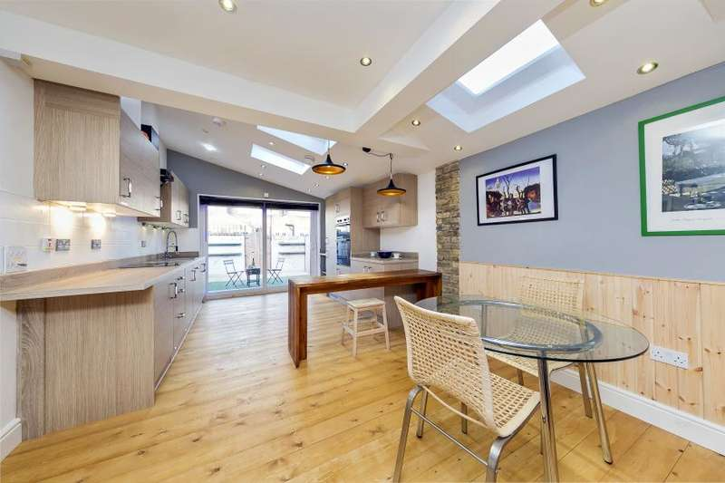 3 Bedrooms Terraced House for sale in Stanley Gardens Road, Teddington TW11