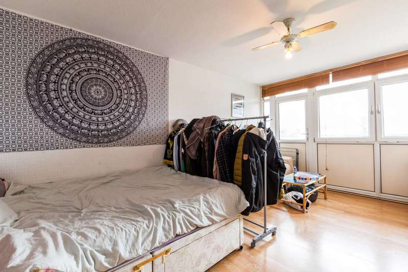 1 Bedroom Flat for sale in Wadeson Street, Bethnal Green, E2