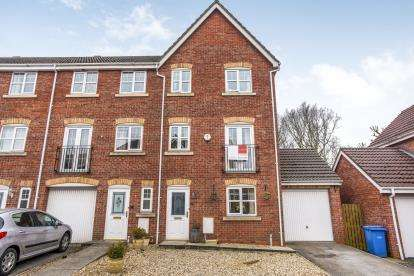 4 Bedrooms End Of Terrace House for sale in Regency Gardens, Euxton, Chorley, Lancashire