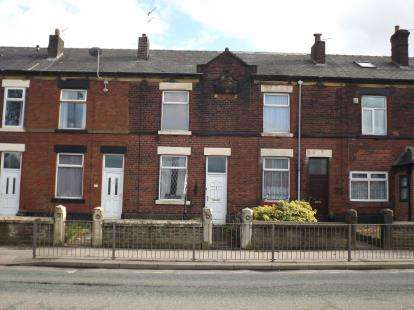 3 Bedrooms Terraced House for sale in Bolton Road, Bury, Greater Manchester, BL8