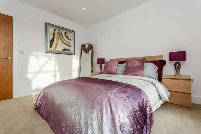 1 Bedroom Apartment Flat for sale in New Malden