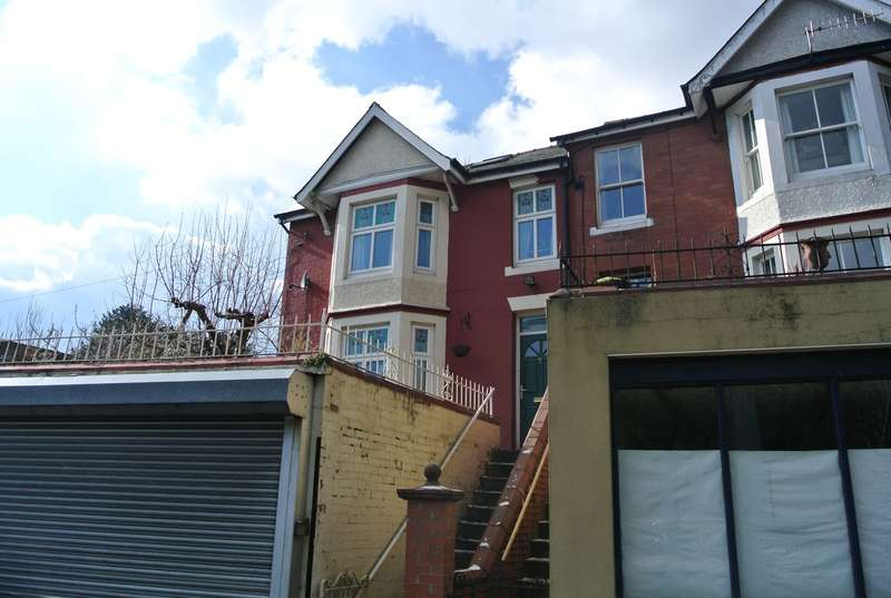 4 Bedrooms Semi Detached House for sale in Ffrwd Road, Abersychan, Pontypool, NP4
