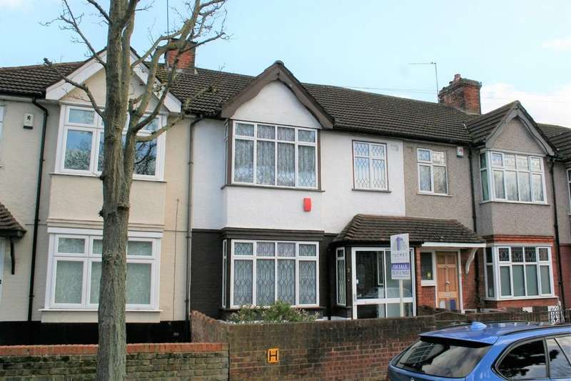 3 Bedrooms Terraced House for sale in Caesars Walk, Mitcham