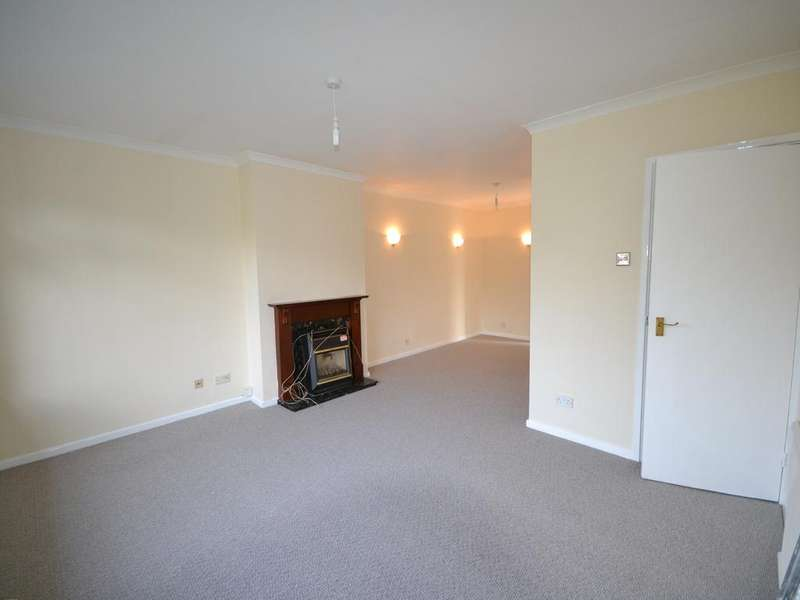 2 Bedrooms Flat for sale in Canterbury CT2