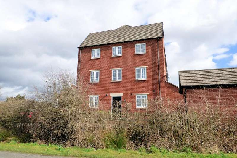 4 Bedrooms Town House for sale in Guildhall Close, Church Gresley
