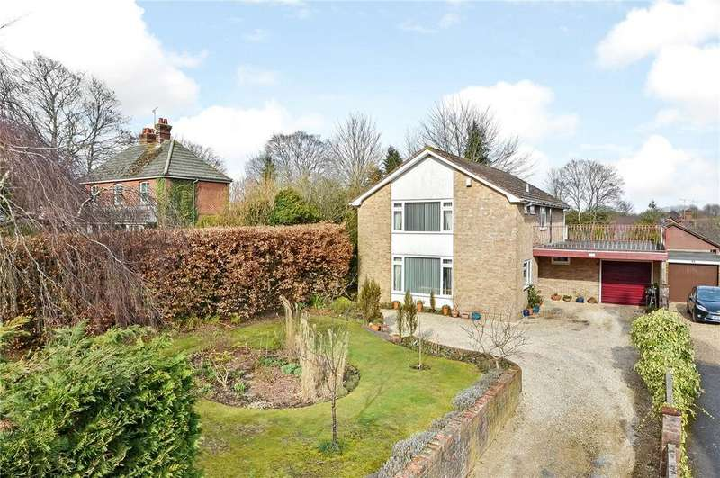 4 Bedrooms Detached House for sale in Main Road, Littleton, Winchester, Hampshire, SO22