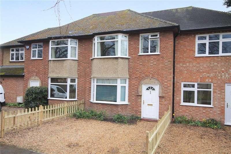 3 Bedrooms Terraced House for sale in Scotland Close, Cambridge, CB4