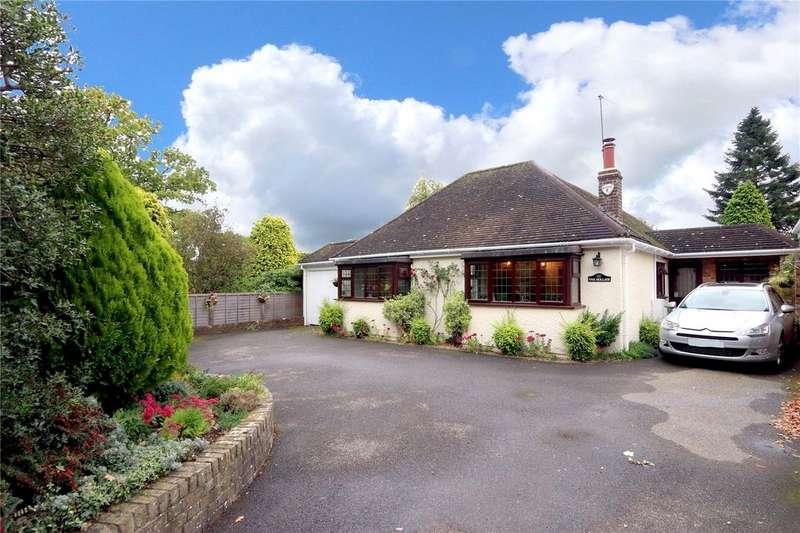 4 Bedrooms House for sale in Flaunden Lane, Bovingdon, Herts, HP3