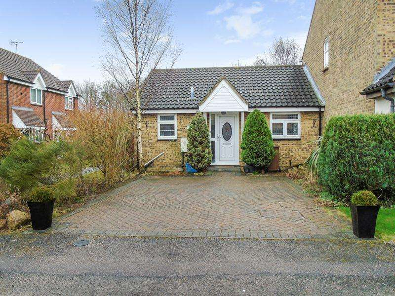 1 Bedroom Semi Detached Bungalow for sale in Chalkdown, Stevenage