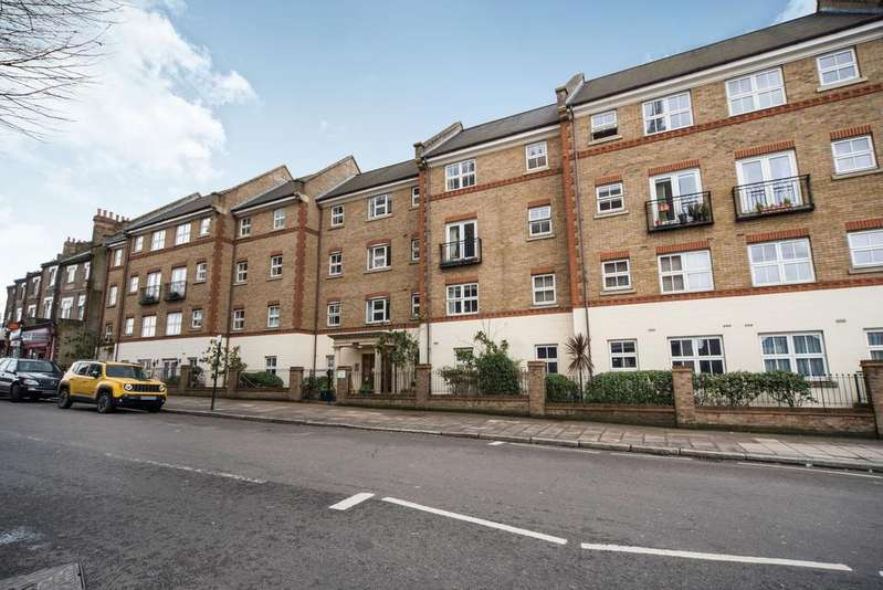 2 Bedrooms Flat for sale in Pegasus Court, 194 Horn Lane, Acton