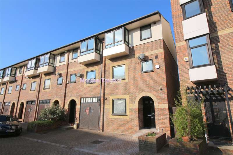 3 Bedrooms Terraced House for sale in Barnfield Place, Canary Wharf, E14