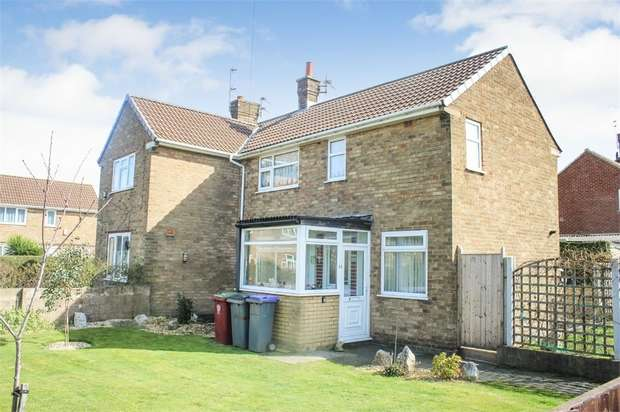 2 Bedrooms Semi Detached House for sale in Tarnbrook Drive, Blackpool, Lancashire