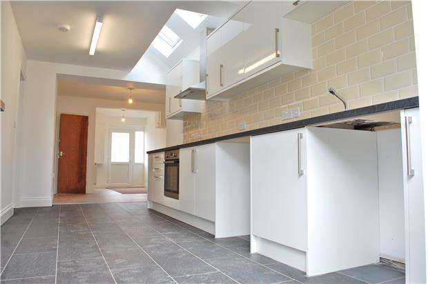 6 Bedrooms Terraced House for rent in Masons Road, Headington, OXFORD, OX3