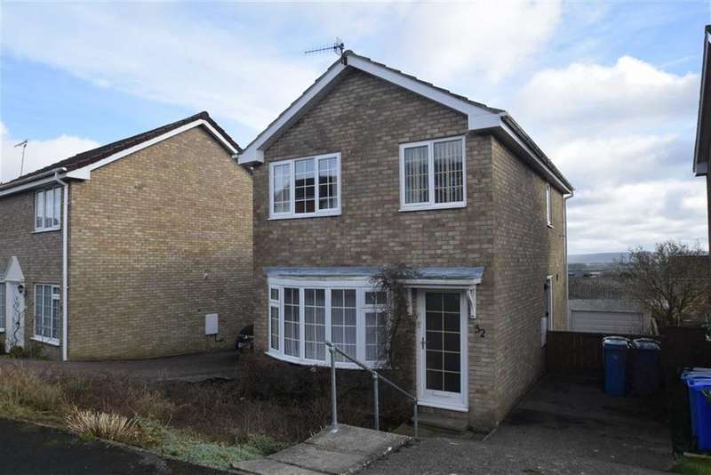 3 Bedrooms Detached House for sale in Shelton Avenue, East Ayton, North Yorkshire, YO13