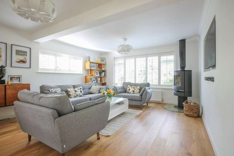 5 Bedrooms Detached House for sale in Marlpit Road, Sharpthorne