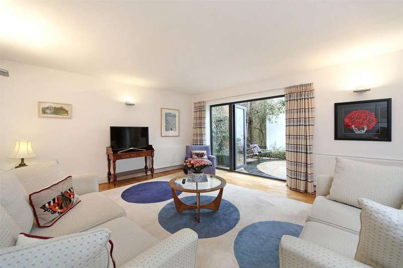 3 Bedrooms House for sale in Highbridge, Greenwich, London, SE10