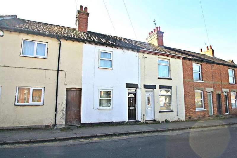 2 Bedrooms Terraced House for sale in Tavistock Street, Bletchley, Milton Keynes