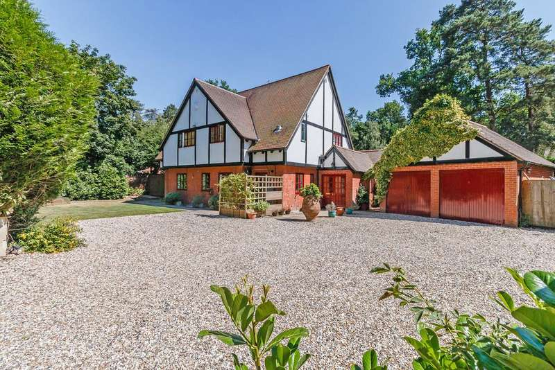 6 Bedrooms Detached House for sale in Cold Ash, Berkshire, RG18