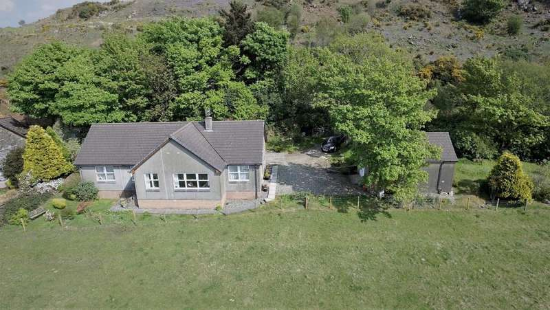 3 Bedrooms Detached Bungalow for sale in Shieldaig Silvercraigs, Lochgilphead, PA31 8RX