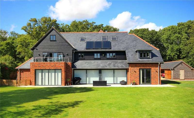 6 Bedrooms Detached House for sale in Salthill Road, Chichester, West Sussex, PO19