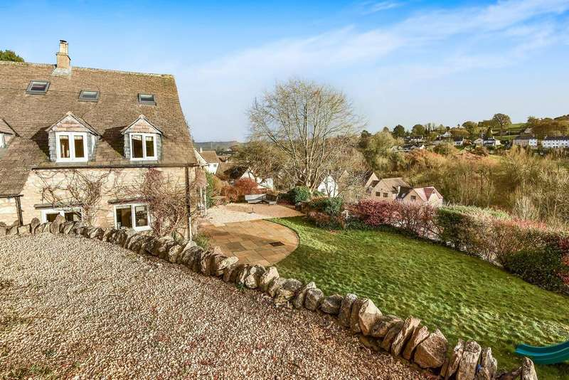 4 Bedrooms Detached House for sale in Newmarket