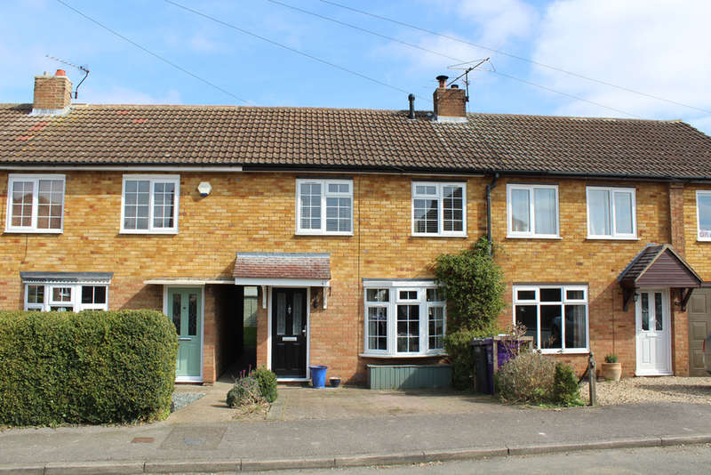 3 Bedrooms Terraced House for sale in Hawthorn Way, Royston