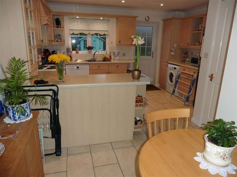 4 Bedrooms Detached House for sale in Lansdowne Avenue, , Maidstone, Kent
