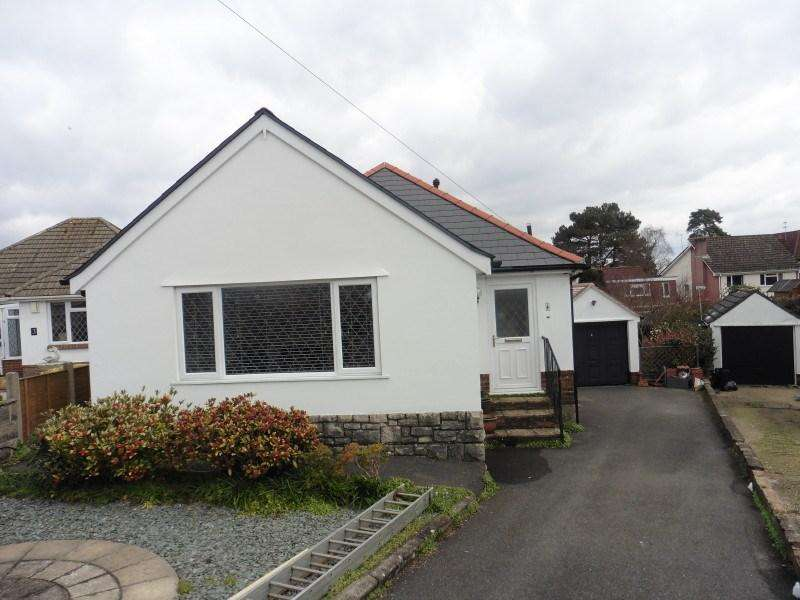 2 Bedrooms Detached Bungalow for sale in Oakwood Close, Moordown, Bournemouth