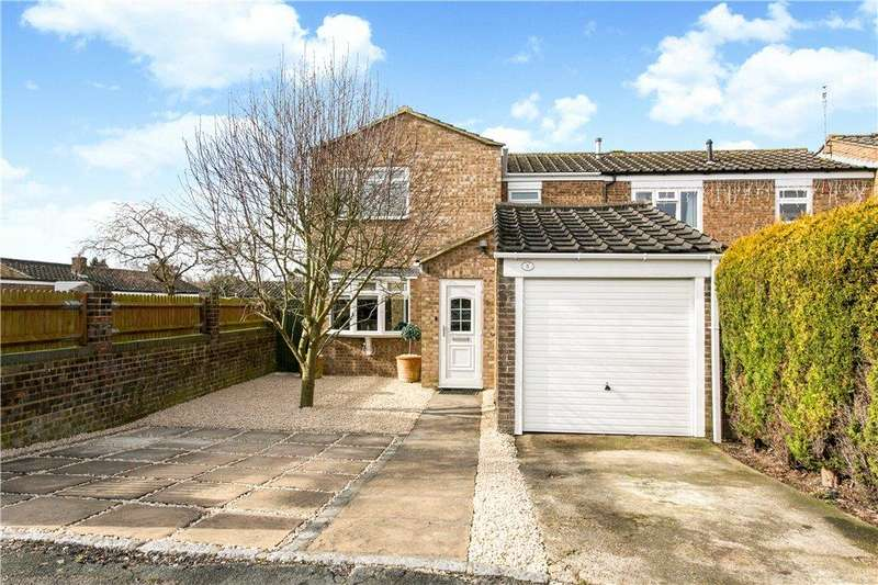 4 Bedrooms End Of Terrace House for sale in Hampden Road, Stoke Mandeville, Aylesbury, Buckinghamshire