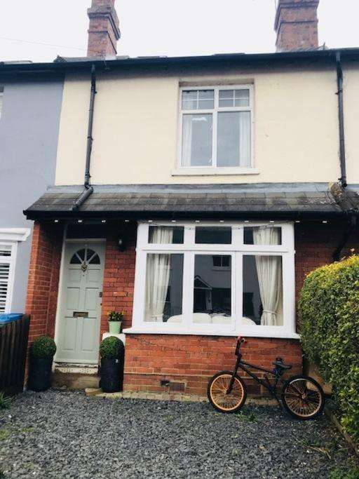 3 Bedrooms Terraced House for sale in Alexandra Road, Thames Ditton, Thames Ditton, KT7