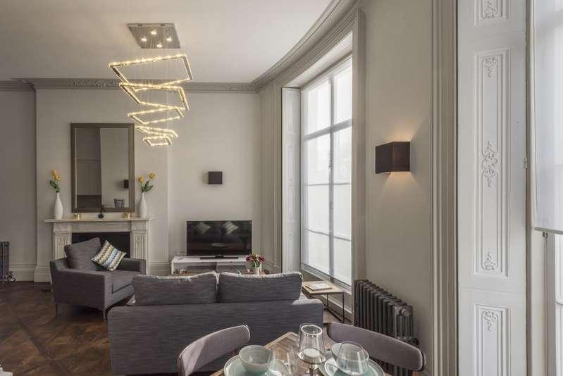1 Bedroom Flat for sale in 19 Westbourne Street, London