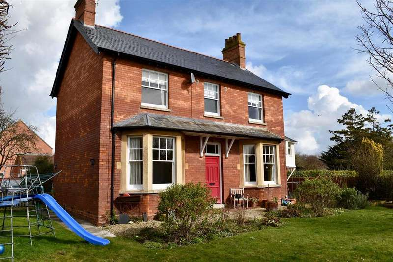 4 Bedrooms Detached House for sale in Crowcombe Road