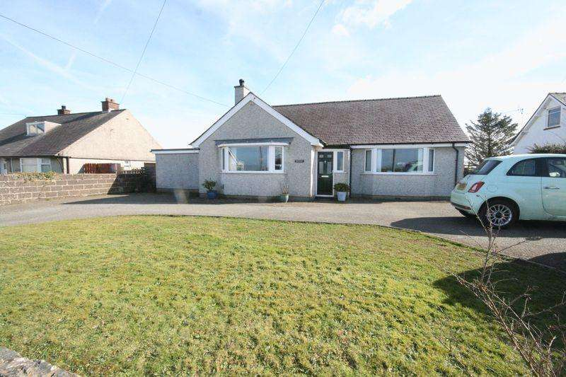 4 Bedrooms Detached Bungalow for sale in Llanerchymedd, Anglesey