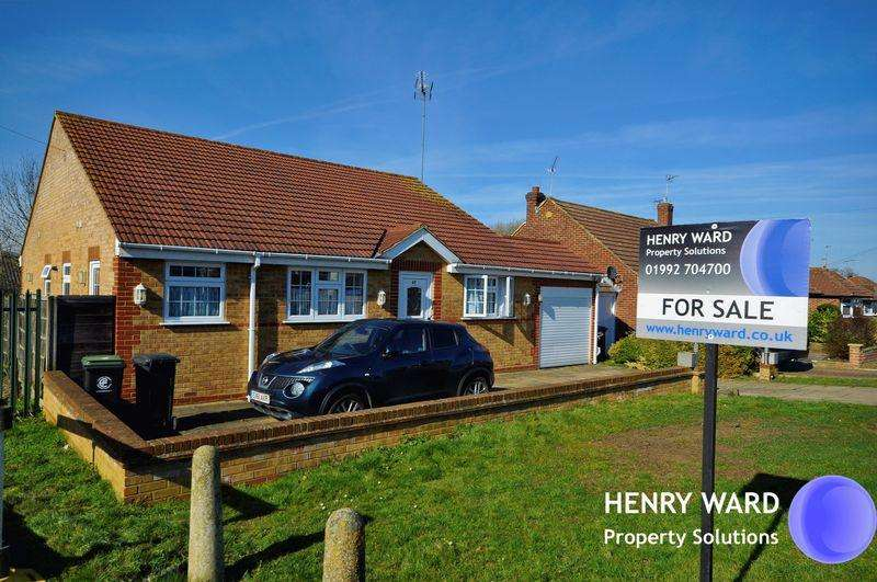 3 Bedrooms Detached Bungalow for sale in Pick Hill, Waltham Abbey