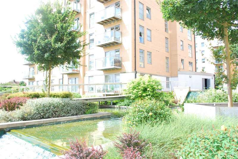 2 Bedrooms Apartment Flat for sale in Marquess Heights, Queen Marys Gate, South Woodford