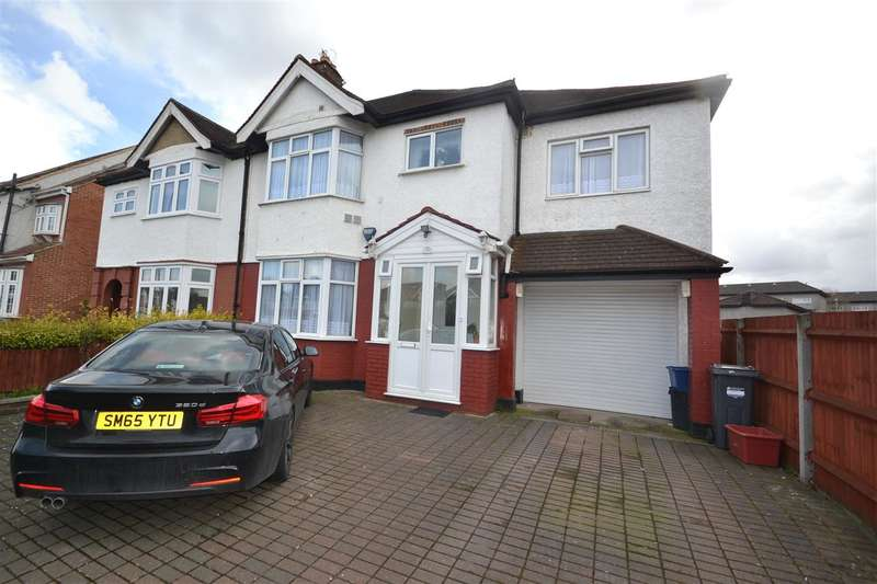 5 Bedrooms Semi Detached House for rent in Great South West Road, Hounslow