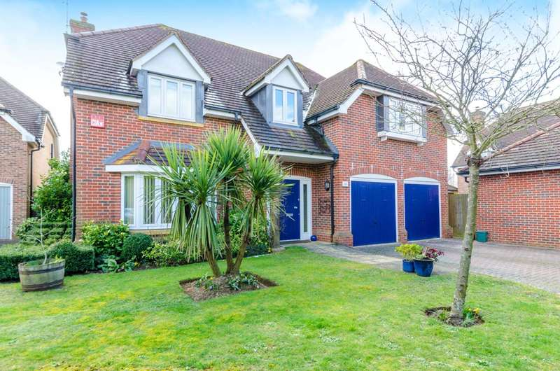 5 Bedrooms Detached House for sale in Guildford Road, West End, GU24