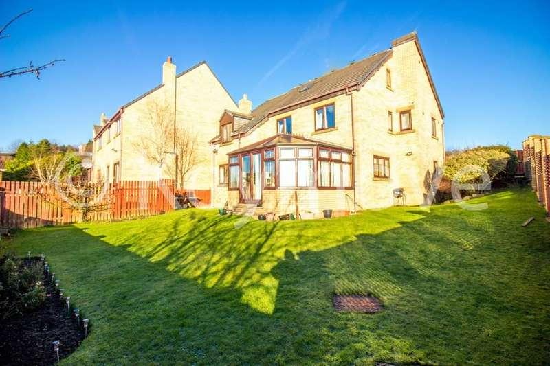 5 Bedrooms Detached House for sale in Poplars Park Road, Poplars Park, Bradford