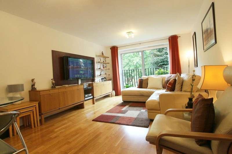 1 Bedroom Flat for sale in Woodlea Lodge, Wellington Road, Enfield EN1