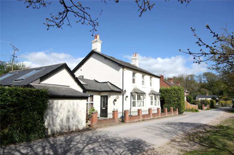 4 Bedrooms Detached House for sale in Dean End, Woodcutts, Salisbury