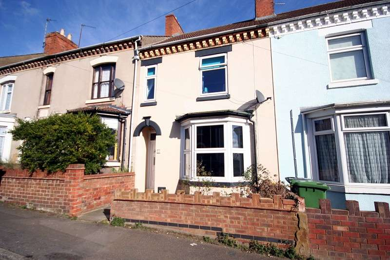 3 Bedrooms Terraced House for sale in St Barnabas Street, Wellingborough, Northamptonshire. NN8 3HB