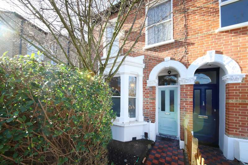 3 Bedrooms End Of Terrace House for sale in Cambria Road, SE5