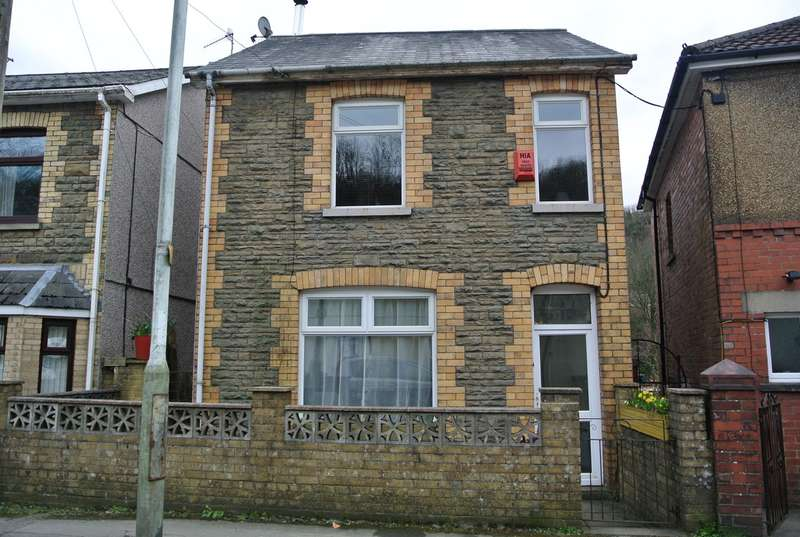 3 Bedrooms Detached House for sale in Freeholdland Road, Pontnewynydd, Pontypool, NP4