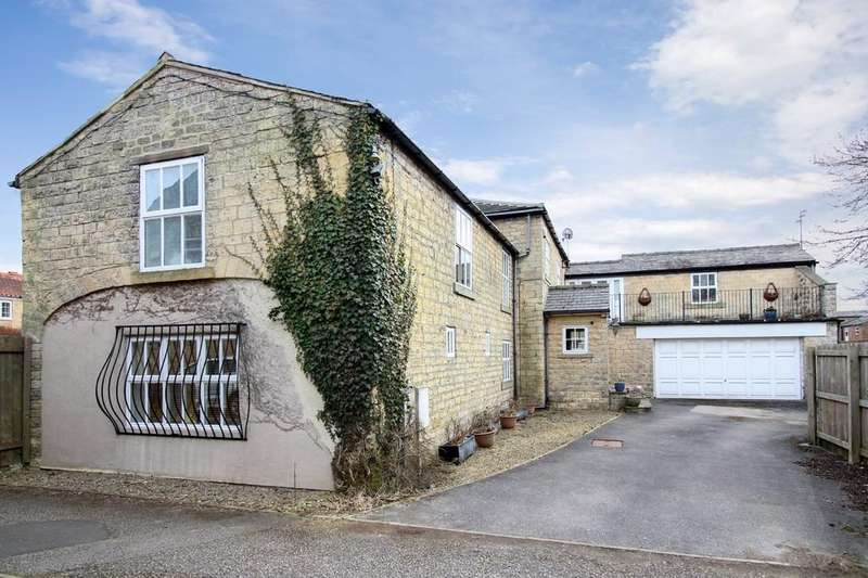 4 Bedrooms Barn Conversion Character Property for sale in The Coach House, Church Street, Boston Spa, LS23 6DN
