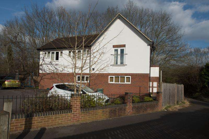 2 Bedrooms Apartment Flat for sale in Nuffield Road, Headington, Oxford, Oxfordshire