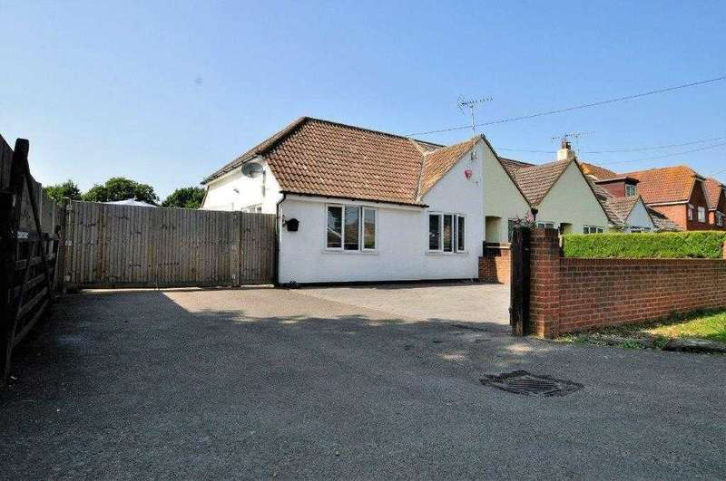 2 Bedrooms Bungalow for sale in Ashford, TN23