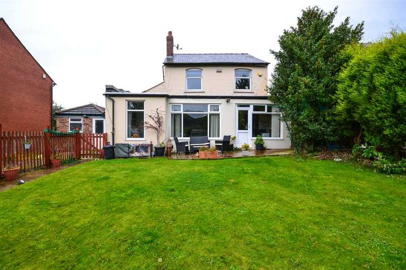 3 Bedrooms Detached House for sale in Upholland Road, Billinge